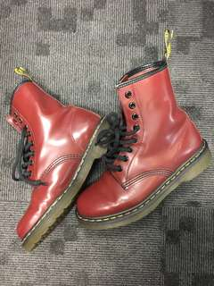 Dr Martens UK4 EUR37 Cherry Red Rouge