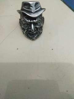 Skullring (size7/8)