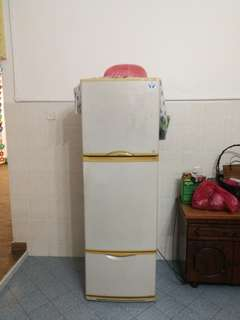 Used national nr-c37t2h freezer