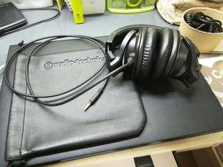 有好野! Audio Technica ATH-M40x + externally bought travel sized cord