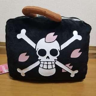 Dr. Hiluluk's Trunk type Cushion - One Piece Emotional Episode ~Drum Kingdom~ 「Ichiban Kuji」