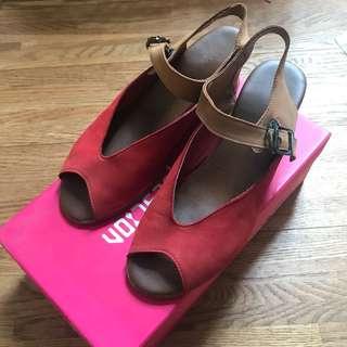 🚚 Miss question真皮魚口撞色楔型涼鞋