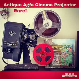 Very Rare Antique AGFA Movector 8 Cinema Projection, different from the normal. Museum Quality Collection. $148 offer. Non-working Display Condition. Sms 96337309.