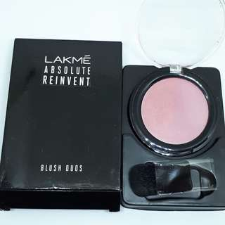 Lakme. Two color blush on