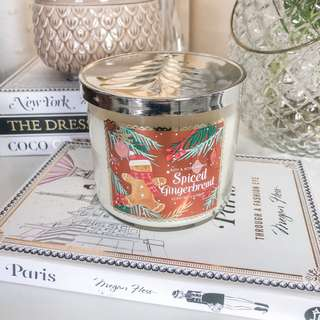 Bath and body works 3 wick candle spiced gingerbread • bbw cute scented candles • Very cute for decor and smells good • Room fragrance / perfume