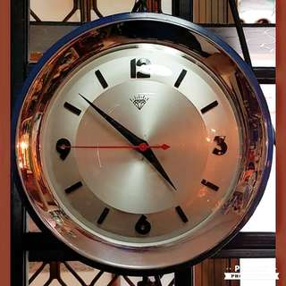 "1970s Dark Blue Electrical Diamond Clock in Tip-Top Aesthetic Condition. 12"". Working. Sms 96337309."