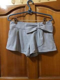 🚚 雪紡 灰 短褲