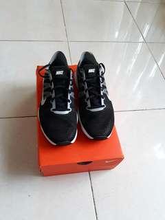 Nike sport size 39