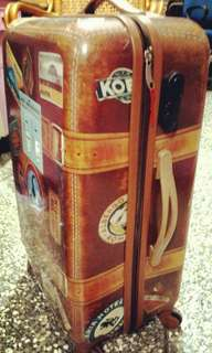 🚚 行李箱 超古典時尚 中大