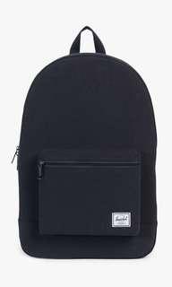 🚚 Herschel Daypack