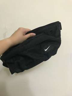 🚚 Nike 腰包