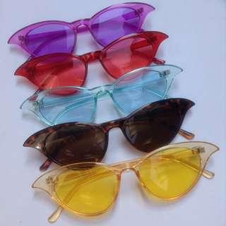 Kacamata Hitam Sunglasses Cat Eye Swirl