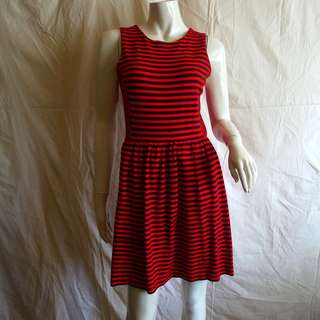 Madewell BISTRO Nautical Stripes Dress- Navy & Red Combo - perfect with Sperry Boat Shoes & Denim Jacket