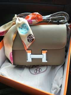 Hermes boutique quality