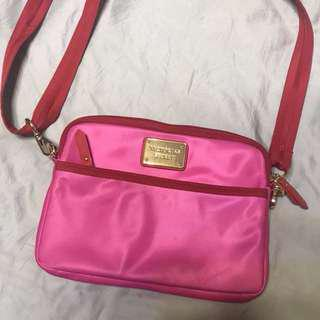 Victoria's Secret 包 粉紅