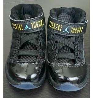 Authentic Jordan 11 Gamma Blue