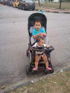stroller kembar