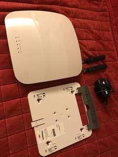 Netgear wireless router WNDAP360, no box