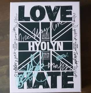 Hyolyn(Sistar) the first album Love Hate with signature