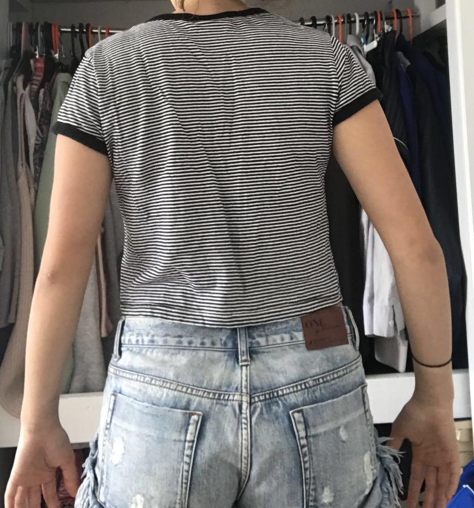 Horizontal black and white stripes shirt