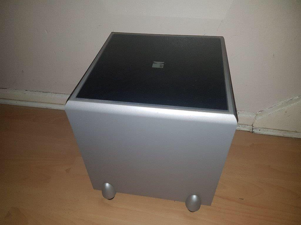 KEF Surround sounds and Sub woofer