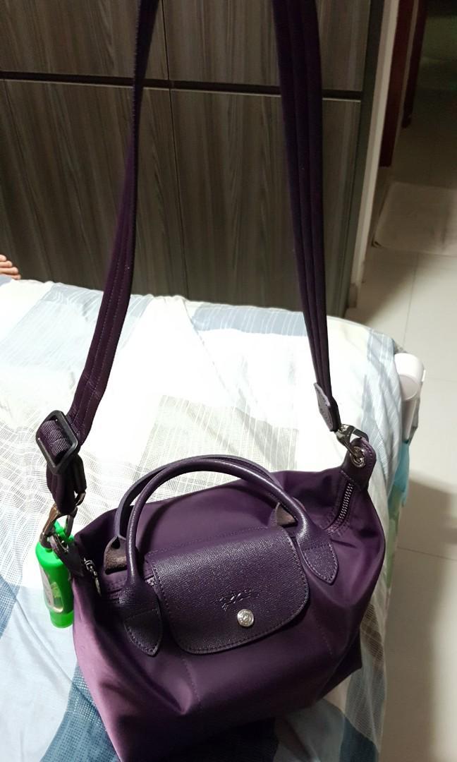 Longchamp neo series bag - buckle to shorten bag strap