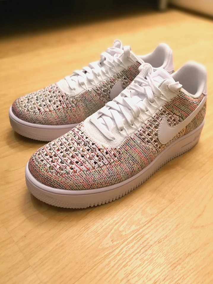 73ea3197ff72 Nike Air Force 1 Flyknit Low (Size US9)
