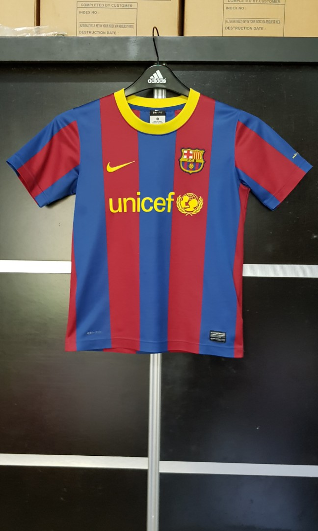 7c3c4b232 photo photo ... Nike FC Barcelona Boy Jersey ...