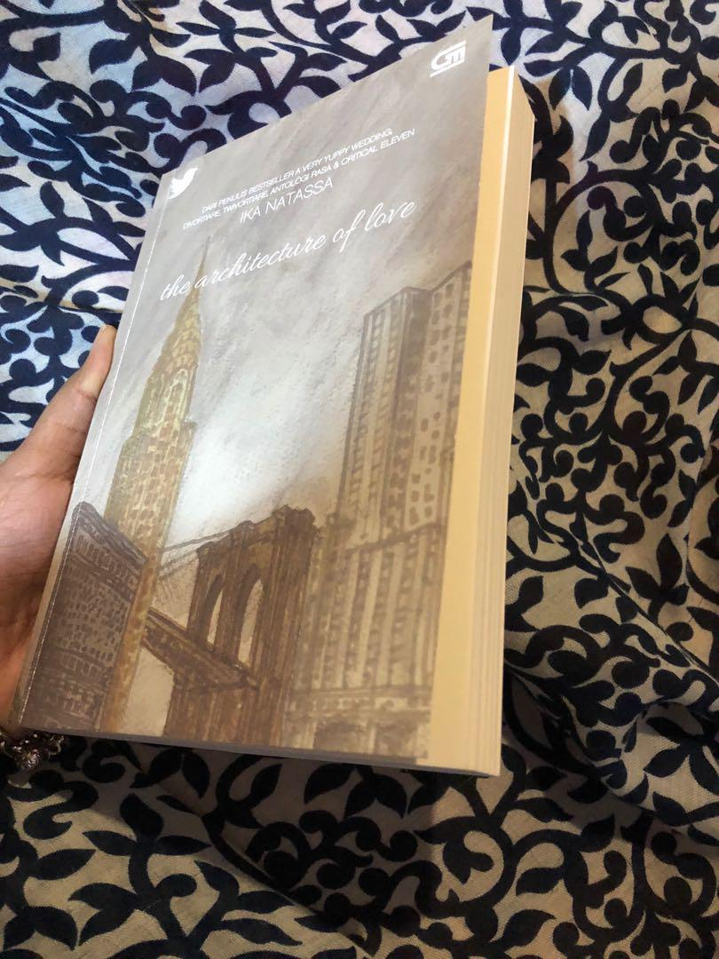 novel the architecture of love ika natasha