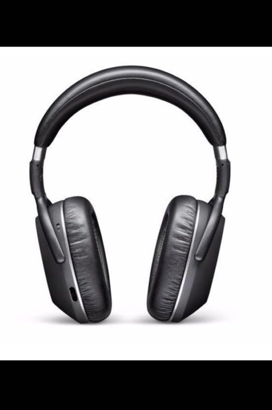 Price Reduced AUTHENTIC Sennheiser PXC 550 Wireless Adaptive Noise Cancellation