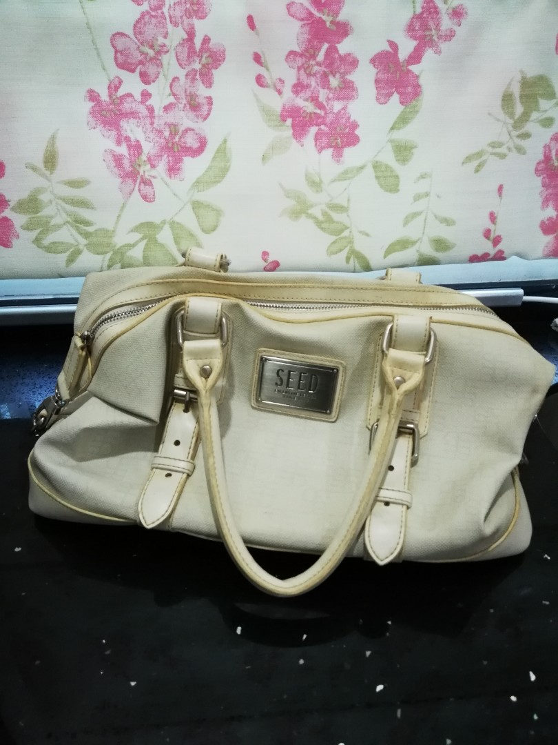20b3ee4dc5df SEED HANDBAG, Women's Fashion, Bags & Wallets on Carousell