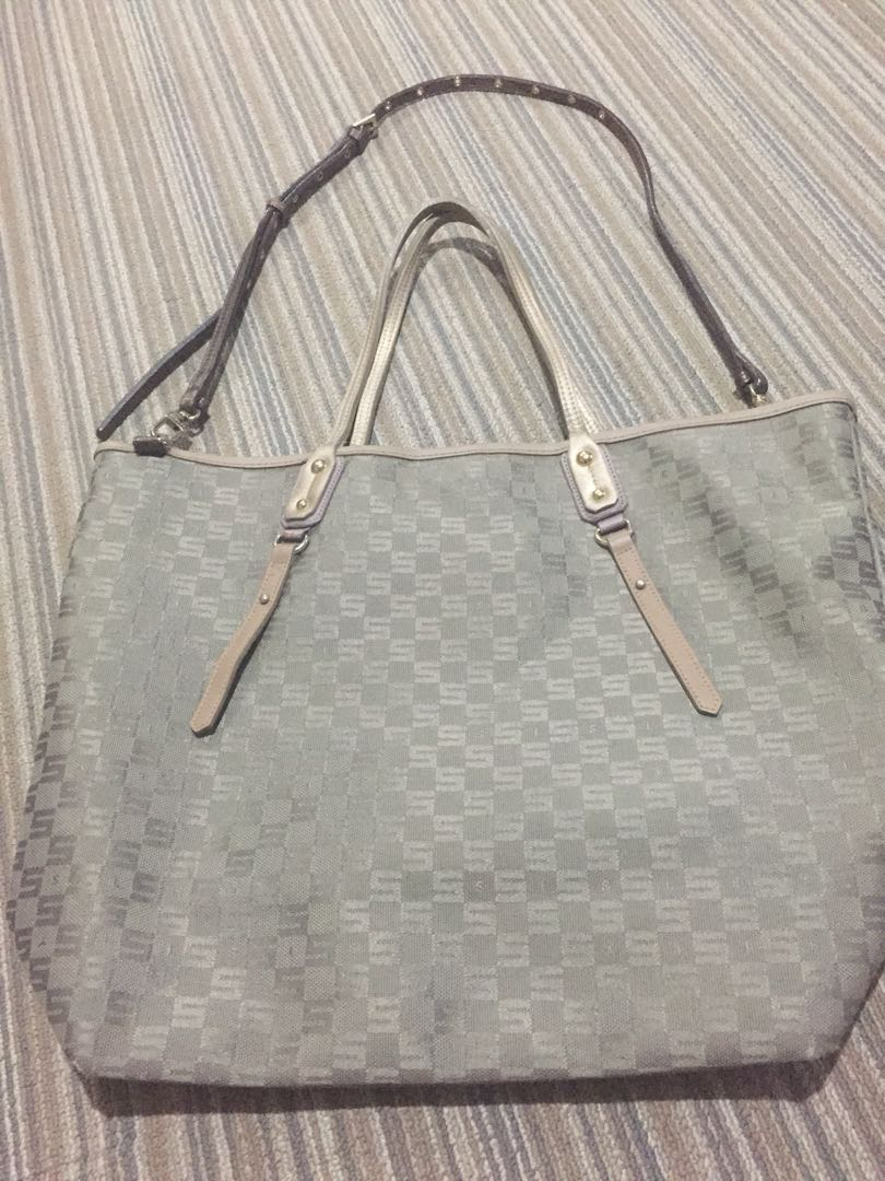498755cb0d59 Sisley Tote Bag (never been used)