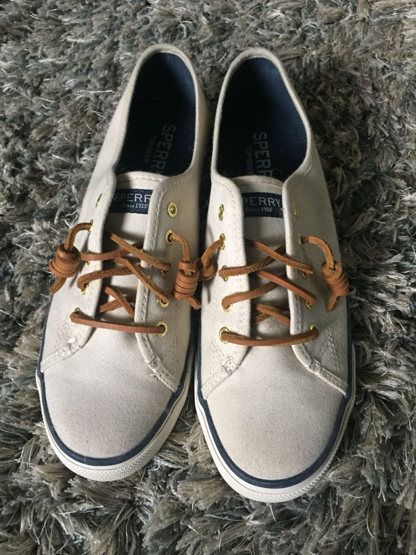 Sperry Seacoast Ivory for women. Used