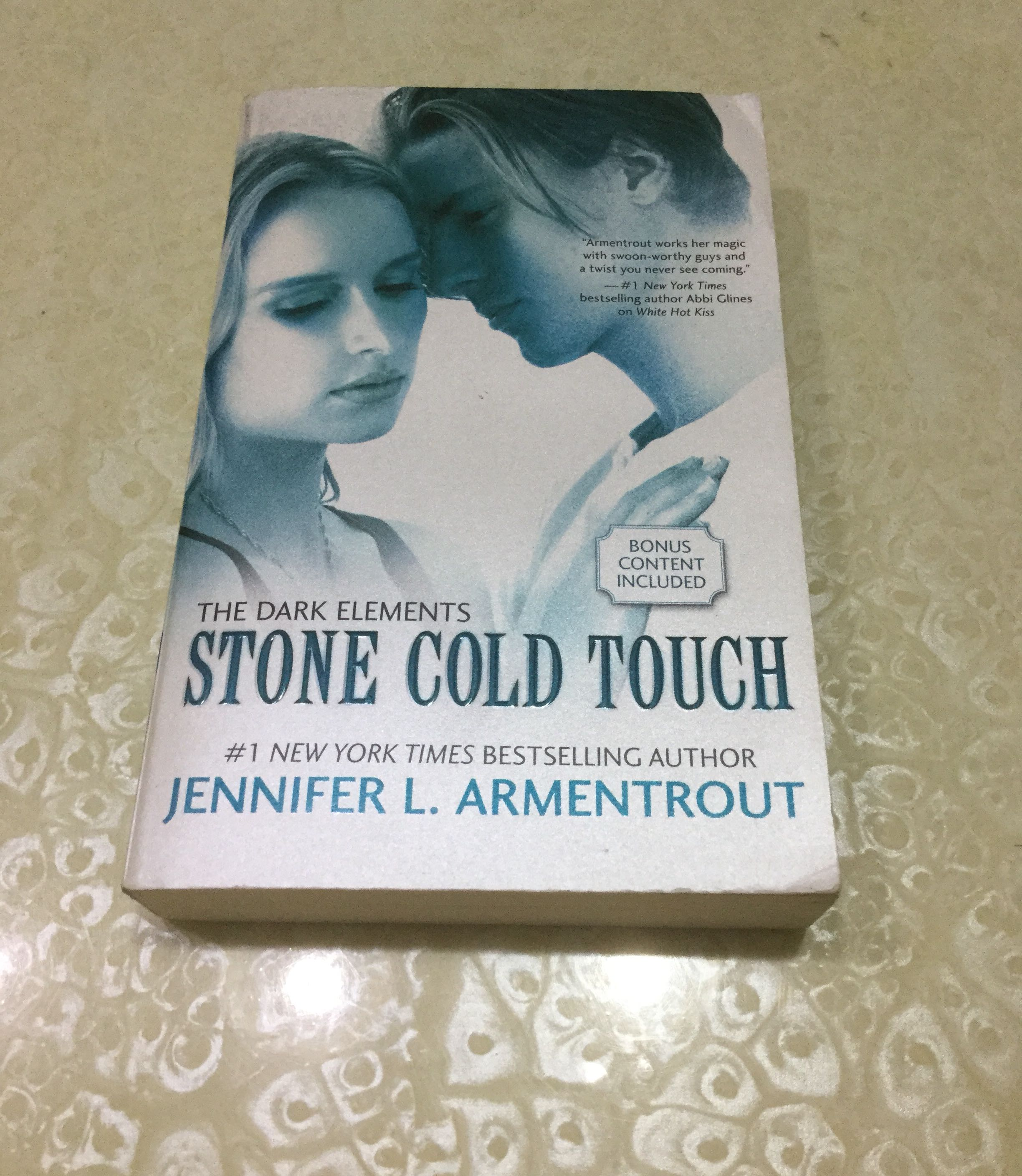 The Dark Elements: Stone Cold Touch by Jennifer Armentrout, Books, Books on  Carousell