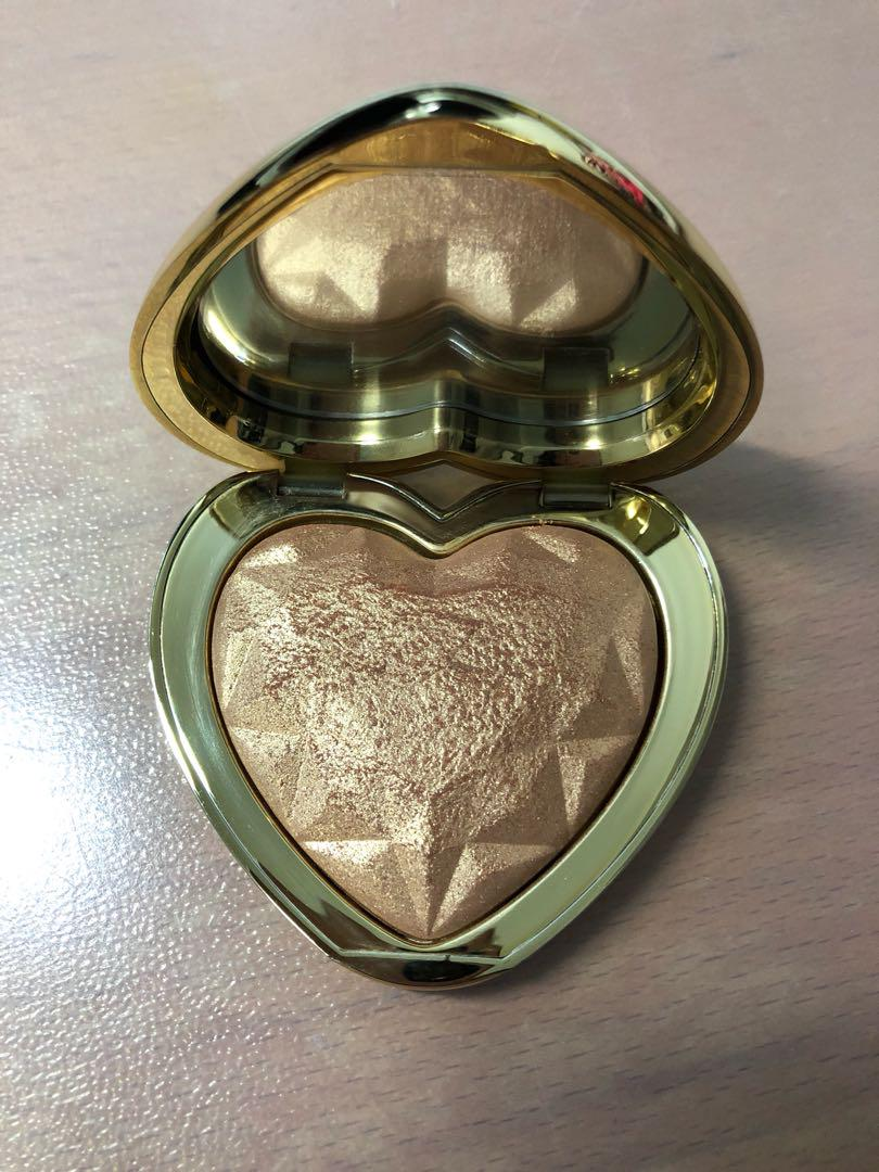 Too Faced Love Light You Light Up My Life