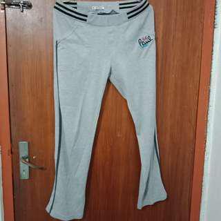 Celana Olahraga Grey