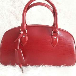 Authentic Louis Vuitton Jasmine in Red Epileather-Very Nice🌹🌸🌼
