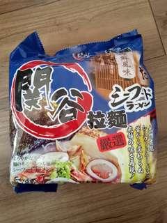 🚚 日本進口關谷嚴選海鮮風味拉麵 5入袋裝