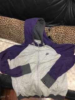 Nike Sportswear外套