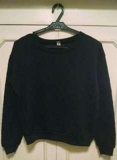 Black sweater/ pullover/ jacket
