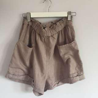 Small Aritzia Community Shorts
