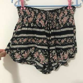 American Eagle Printed Shorts