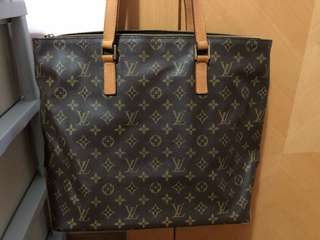 LV bag 100% Authentic 90%New