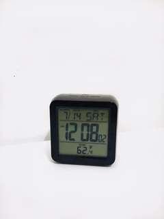 Square LCD Alarm Clock (Black)