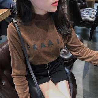 🚚 金絲絨 英文字母 簡單 長袖上衣