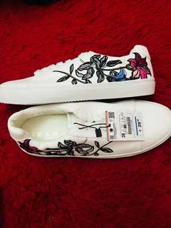 ZARA White flower shoes