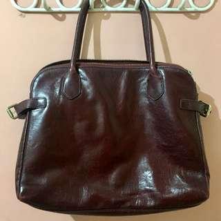 Diamant Noir Handbag