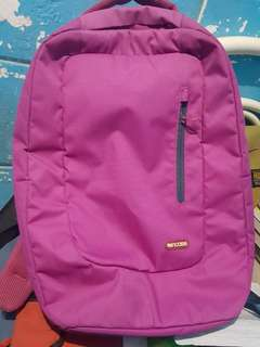 Incase bag pink with laptop compartment