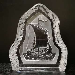 Crystal the ship paper weight