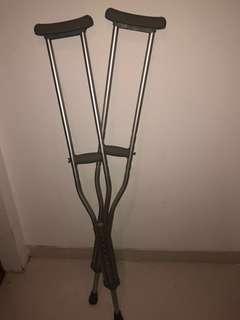 Aluminium Lightweight Adjustable Height Under Arm Crutches and Adjustable Height Bath and Shower Chair